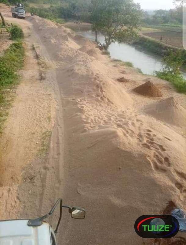 Clean river sand